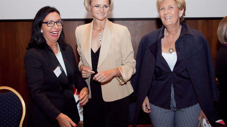 Creamos valores: mujeres artistas, en la gastronomía, vinos y negocios